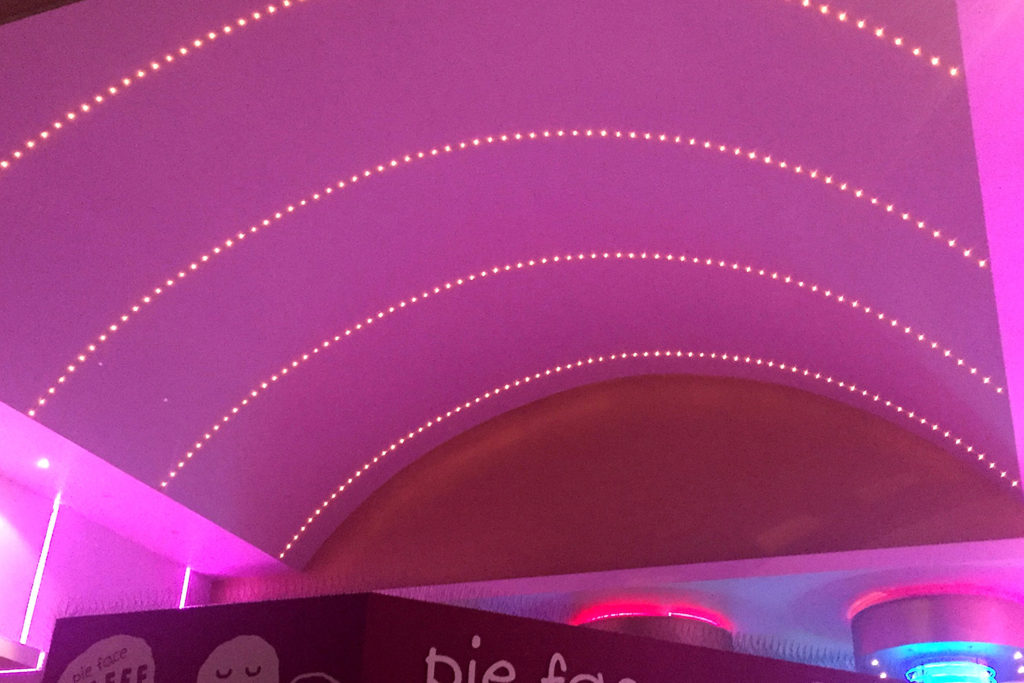 gal-7-ceiling